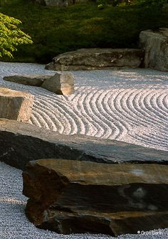Most Design Ideas California Zen Rock Garden With Ipe Wood Water Feature Pictures, And Inspiration – Reconhome Inspection Japanese Garden Plants, Japanese Rock Garden, Zen Rock Garden, Japan Garden, Garden Art, Garden Design, Japanese Gardens, Ipe Wood, Japanese Aesthetic