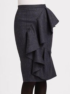 Burberry Prorsum Tweed Wool Skirt.....without such a trim skirt