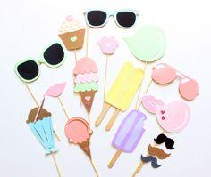 15pc Pastel Ice Cream Shoppe Photo Booth por ThePartyGirlStudio