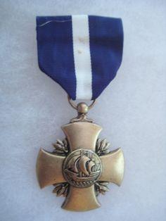 Vintage US Navy Distinguished Service Cross