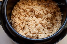 perfect, fast BROWN RICE in Electric Pressure Cooker: Place 2 cups Brown Rice-rinsed, 2&3/4 cups Water/Broth, 1/2 tsp Salt in pressure cooker pot. Lock lid, select High Pressure, and 22 min cook time. When beep sounds, turn off and quick release pressure until red valve drops. Remove lid and fluff rice. Works Perfectly!!