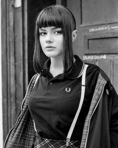 21 y/o skinhead girl from sweden. Chica Skinhead, Skinhead Girl, Skinhead Fashion, Skinhead Reggae, Tennis Fashion, Mod Fashion, Girl Fashion, Fashion Outfits, Chelsea Cut