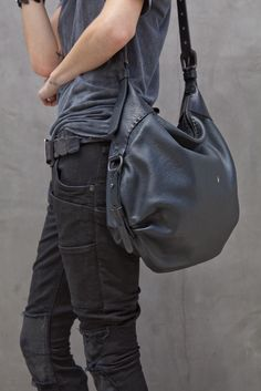 ive been searching for a perfect bag, havent found yet.