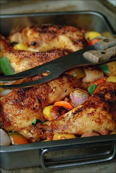 Rustic Roasted Chicken 4 chicken legs (or a cut up fryer) 1 pound small potatoes 1 large carrot 4 big shallots 5 garlic cloves 1 bell pepper bacon a cup white wine a cup water 1 chicken boui Great Recipes, Dinner Recipes, Favorite Recipes, Dinner Ideas, Turkey Recipes, Chicken Recipes, Roasted Chicken Legs, Roasted Chicken Leg Quarters, Roast Chicken