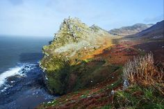 Wringcliff Rocks. Valley of the Rocks, Exmoor (North Devon). Photo by Rob Hatton http://www.roberthattonphotography.co.uk/