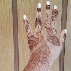 МЕХЕНДИ by Karina Twin / TrendyMehendi #TrendyMehendi #менди #мехенди #салонмехенди #студиямехенди #мехендилук #мехендиспб #мехендипитер #mehndi #mehandi #mehendi #henna #hennaart #hennatattoo #hennastudio #instahenna #naturalhenna #hennalove #hennapro #hennadesign #hennainspire #hennapro #hennastain #piter #piterstyle #spb #питер #спб #этно #бохо #boho #bogemian #karinatwin