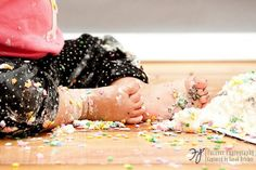 cake smash ~ we have the same style photo from my daughter's 1st bday portraits :)