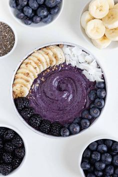 Healthy Breakfast Smoothies, Yummy Smoothies, Smoothie Recipes, Flaxseed Smoothie, Blueberry Banana Smoothie, Smothie Bowl, Sans Gluten Vegan, Food Platters, No Calorie Foods