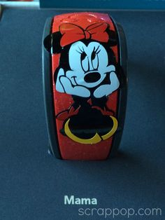 Mickey Monday! It's time to decorate your Magic Bands!