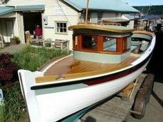Building Wooden Boats Out Of Wood-Boat Building Marine Plywood Uk Wooden Boats For Sale, Wooden Boat Kits, Wooden Speed Boats, Wooden Sailboat, Wooden Boat Building, Wooden Boat Plans, Boat Building Plans, Wood Boats, Free Boat Plans