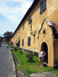 A Guide to Charming, Colonial Galle - The Aussie Flashpacker Galle Fort Hotel, Sri Lanka Honeymoon, Small Luxury Hotels, Cute Cafe, Historic Properties, Warehouses, Old City, Beautiful Architecture, 16th Century