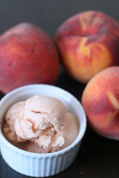 homemade peach frozen yogurt: puréed peaches, honey and greek yogurt.