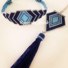 Seed Bead Jewelry, Beaded Jewelry, Beaded Bracelets, Peyote Patterns, Beading Patterns, Handmade Beads, Handmade Jewelry, Pinterest Instagram, Peyote Beading