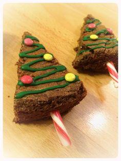 Le brownie Kinder en sapin de Noël ! - Les premiers repas de bébé éveillent ses papilles. De la diversification aux repas dignes des plus grands pirates, nous partageons ici nos recettes.