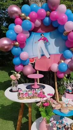 Sweet 16 Birthday, 16th Birthday, Birthday Parties, Happy Birthday, Birthday Cake, One Direction Birthday, Harry Styles Birthday, Dance Moms Videos, Party Fashion