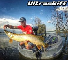 Ultraskiff - Round Boat | Round Watercraft | Round Skiff | Round Boats | Roundboat | Round Watercrafts | Round Skiffs | Small Boat | One Man Boat | Stability | Sales | Dealer | Personal Watercraft | Roundboats | Portable  Huge Pike caught by team member Josh