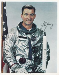 John Young - A U. He was raised in Orlando, Florida. Astronauts In Space, Nasa Astronauts, Nasa Iss, Project Gemini, Space And Astronomy, Nasa Space, Project Mercury, Apollo Space Program, Space Hero