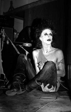 Nik Fiend - Alien Sex Fiend - Ca. 1983, Live performance in Bristol (Photo by Mick Mercer)