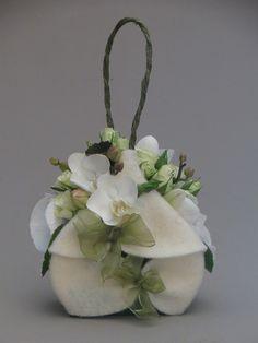Floral purse ..  X ღɱɧღ ♡♡