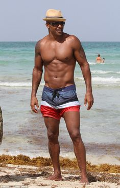 Take a picture: Perhaps Shemar wanted his moment in the sun to last a little longer...
