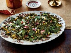 Add Tbl Spoon hot sauce Slow-Cooker Collard Greens with Ham Hocks Recipe - Southern Living Side Dish Recipes, Vegetable Recipes, Side Dishes, Veggie Dishes, Slow Cooker Recipes, Crockpot Recipes, Cooking Recipes, Oven Recipes, Vegetarian Cooking