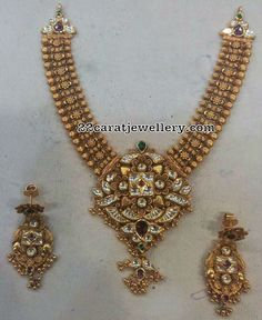 Antique Necklace with Kundan Pendant - Indian Jewellery Designs Gold Temple Jewellery, Gold Jewellery Design, Gold Jewelry, Jewelery, Gold Bangles, Beaded Jewelry, Gold Mangalsutra Designs, Gold Earrings Designs, Necklace Designs