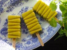 Dairy free mango - coconut ice cream / Wellberries