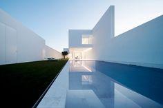 Contemporary Architecture, Amazing Architecture, Contemporary Garden, Black Architecture, German Architecture, Farmhouse Architecture, Vintage Architecture, Minimalist Architecture, Interior Architecture