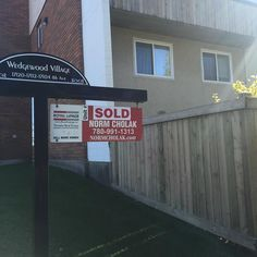 Another unit #SOLD on the #west side of #yeg !! Feel like you missed your chance? I have #TWO #LISTINGS that are going to hit #MLS tomorrow!! Both #gorgeous #townhomes !! #normcholak #listing #sellsmorehomes #realtor #edmonton #yeg #edmontonrealestate #yegrealestate #doingitright #sellyourhome #buyyourhome #listyourhome #yeglistings #MLS #EDMONTONlistings #toprealtor #bestrealtor #topproducer