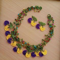 Different Types Of Earrings To Wear Diy Earrings Dangle, Diy Earrings Easy, Seed Bead Necklace, Crochet Bracelet, Bead Crochet, Crochet Crafts, Crochet Earrings, Fabric Jewelry, Beaded Jewelry