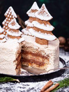 Piernikowy Tort z Czekoladą i Pomarańczą – PRZEPIS – Mała Cukierenka Ciara And I, Sweet Recipes, Cake Recipes, Christmas Cake Decorations, Vanilla Cake, Cake Decorating, Food And Drink, Xmas, Sweets