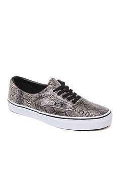 PacSun presents the VansEra Snake Shoes for men. These trendy men's shoes come with a textured snake skin upper and a Vans logo loop on side.   Snake skin print upper Low profile shoe, black lace front Vans logo loop on side Padded insole Man made rubber textured outsole Size 10 shown
