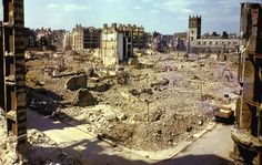 London, 1 September 1940, by William Vandivert.