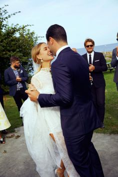 A Family Affair: Stylist Pernille Teisbaek's Wedding on an Island Off the Coast of Denmark Perfect Wedding, Dream Wedding, Wedding Day, Wedding Rings, Wedding Jewelry For Bride, Gold Wedding, Bridal Jewelry, Vera Wang Wedding, Drop Dead Gorgeous