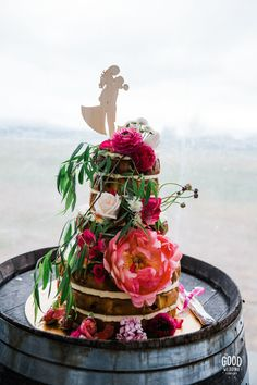 Naked three tiered flower styled wedding cake in Wanaka Fresh Cake, Creative Wedding Cakes, Wedding Cakes With Flowers, Bright Flowers, Wedding Desserts, Flower Fashion, Dessert Table, Peppermint, Bespoke