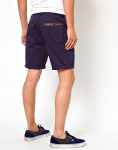 Unless you work at Tommy Bahama, do NOT wear shorts to the workplace.
