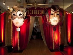 We are an Orlando based event decor company specializing in themed decorations and flowers for any type of event. Decoration Cirque, Circus Party Decorations, Circus Theme Party, Circus Wedding, Circus Birthday, Vintage Circus Party, Vintage Carnival, Gala Themes, Event Themes