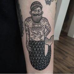 A tattooed merman tattoo by Susanne Konig (IG—suflanda). Bild Tattoos, Neue Tattoos, Creative Tattoos, Cool Tattoos, Tatoos, Ancora Old School, Tattoo Cover, Hipster Tattoo, Geniale Tattoos