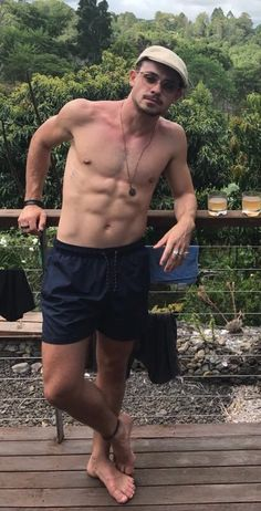 Dacre so sexy ❤ montgomery Mode Masculine, Hottest Male Celebrities, Celebs, Ramses, Dacre Montgomery, Shirtless Hunks, Barefoot Men, Hommes Sexy, Male Feet