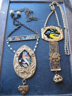 east street pins: New Necklaces-Altered Jewelry East Street, Tin Art, Alters, Jewelry Necklaces, Pendant Necklace, Bird, Unique, Birds, Drop Necklace