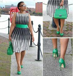 Black, white, and green plus size ensemble. Love this!