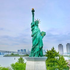 """Statue of Liberty in Odaiba Tokyo. Lady Liberty overlooks the Tokyo Bar and the Rainbow Bridge. It has been there since 2000 after being feature in """"The French Year of Japan"""". There are also 2 more statues, one in Shimoda and in Osaka."""