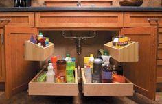 Organizando el bajo fregadero... | Decoración