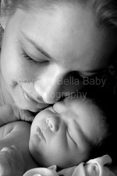 Newborn Portraits | Bella Baby
