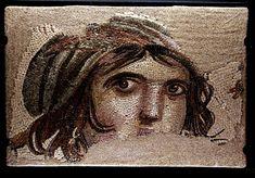 """Türkiye'nin en iyi 10 müzesi Hayat - 04.07.2013  Zeugma Mozaik Müzesi Gaziantep, Türkiye    7000 m2'lik sergi salonu alanı ile dünyanın en büyük mozaik müzesi olan Zeugma Mozaik Müzesi'nde dünyanın bilinen mozaiklerinden biri olan """"Çingene Kızı"""" sergileniyor. http://www.radikal.com.tr/fotogaleri/hayat/turkiyenin_en_iyi_10_muzesi-1140406-6"""
