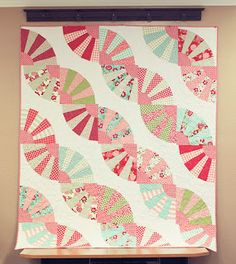 Quilting Blog - Cactus Needle Quilts, Fabric and More: A Field Of Fans Quilt