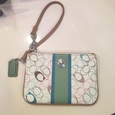 Fabulous Coach Wristlet Excellent condition.. Coach Chelsey Wristlet. Matching purse is in my closet. Gorgeous Coach Bags Clutches & Wristlets