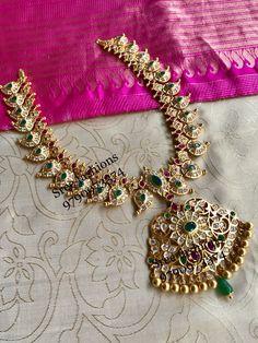Short Mango Necklace