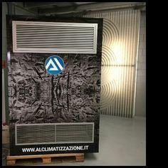 #ARIABOX  Sistema  #CONDIZIONAMENTO  in  #POMPA_DI_CALORE  per grandi superfici industriali ed artigianali, spesso associate ad altezze interne tra i 4 m e 10 m con ampie superficie di lavoro. E' un impianto di climatizzazione e trattamento d'aria dedicato ad aziende di stampo commerciale ed industriale Per info Tel.0302711758 Cell.366.95.95.001 info@alclimatizzazione.it www.alclimatizzazione.it
