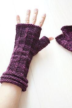 Malabrigo Hand Thingies | malabrigo Worsted in Uva